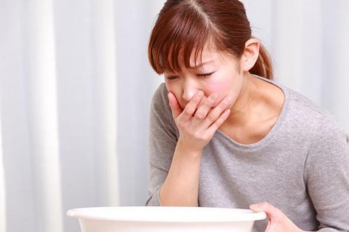 Đau đầu hoa mắt chóng mặt buồn nôn dẫn đến bệnh đau nửa đầu